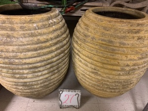 Home Furnishings - 2 extra large clay urns