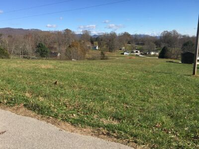 .80 ac. of Magnolia Ln. Lot #7 Connie Russell Subdivision