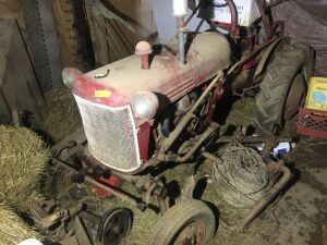 Vintage FarmAll tractor with cultivators